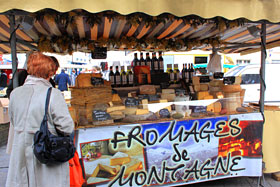 Attractions & activities . market-stall-s