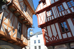 Attractions & activities . vannes